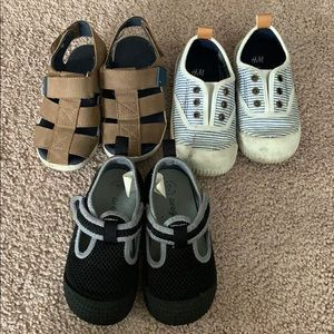 Bundle of 3 pair baby toddler 7 sandals water shoe